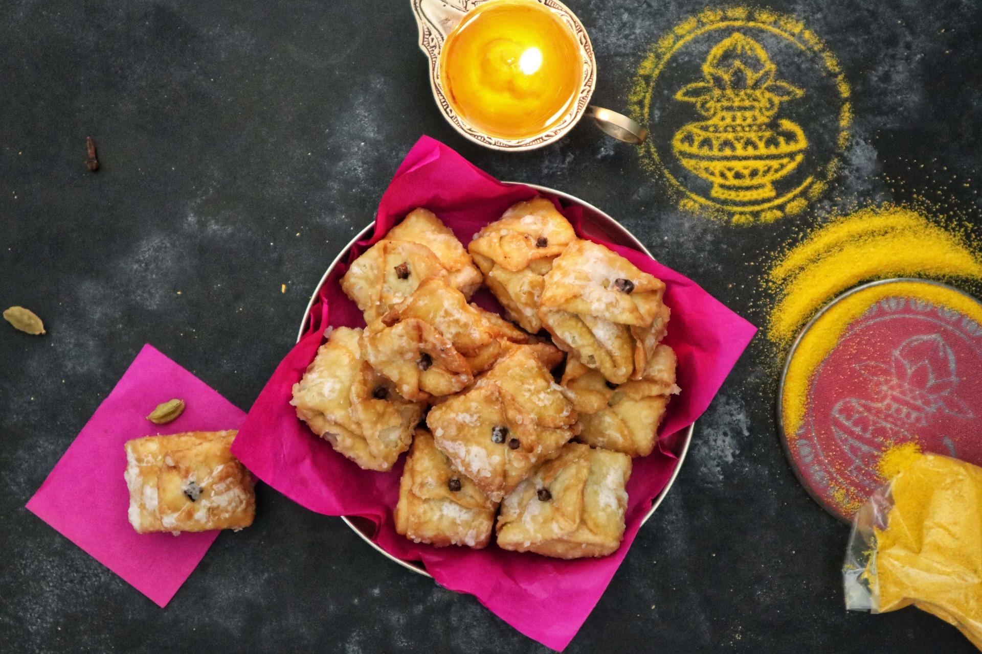 fromthecornertable, from the corner table, labanga latika, labangalatika, clove, sweet, mithai, mawa, mishti, bengalisweet, bengali sweet